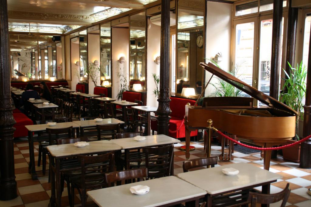 Café Barbieri.