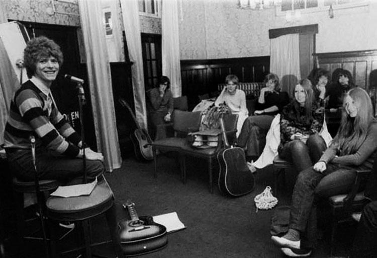 David Bowie en su BECKENHAM ARTS LAB